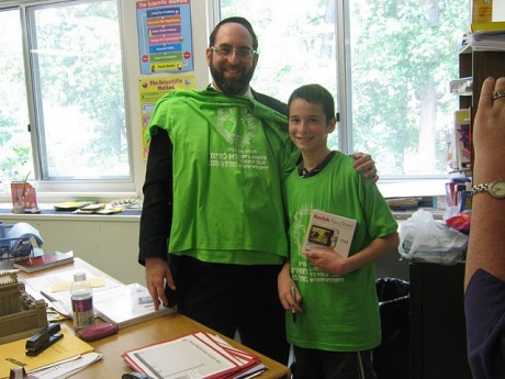 Rabbi Glustein and TShirt Winner Dov Sokolin at Politz Day School