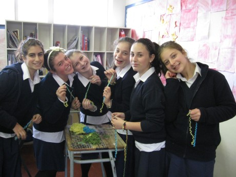 Making Friendship Bracelets at Torah Academy Girls School